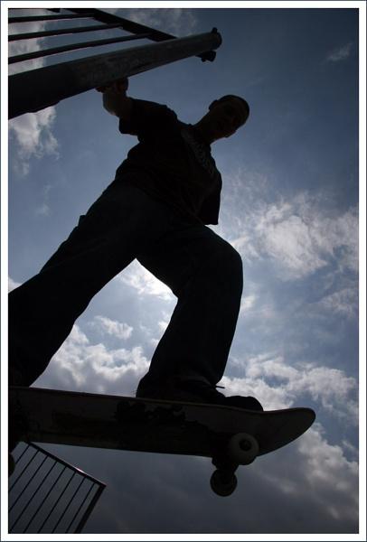 Sky Skate by BigBenn