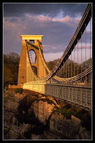 Golden bridge by davidentrican