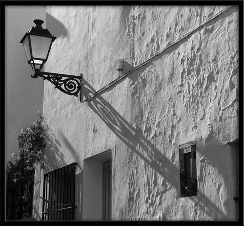 Lantern shadow by KingBee