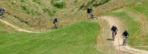 Downhill mountain bikers 001 by terra