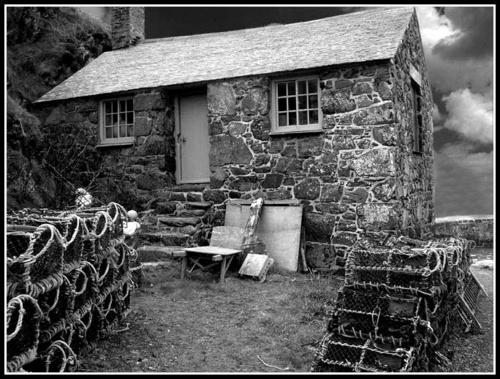 Fisherman Cottage bw by CornishEyes