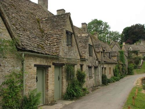 alms houses Bibury by tig124