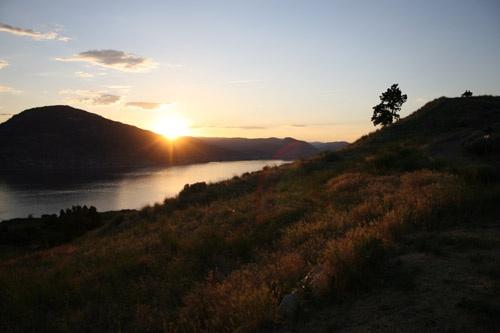 Okanagan Sunset by ronss