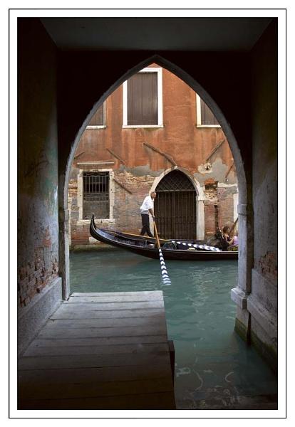 Venice Arch by Ganto