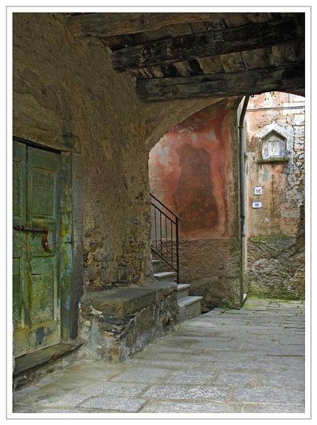 A quiet corner by bravo charlie