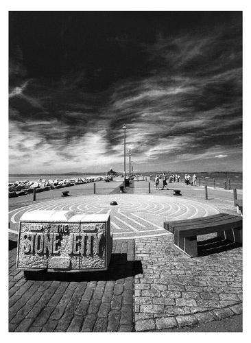 Stone Jetty by 1nten5e