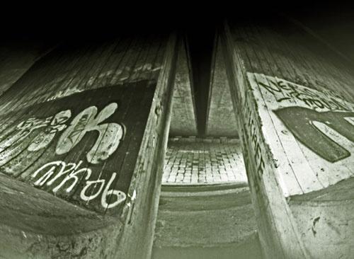 Pinhole 20 by UNITOL