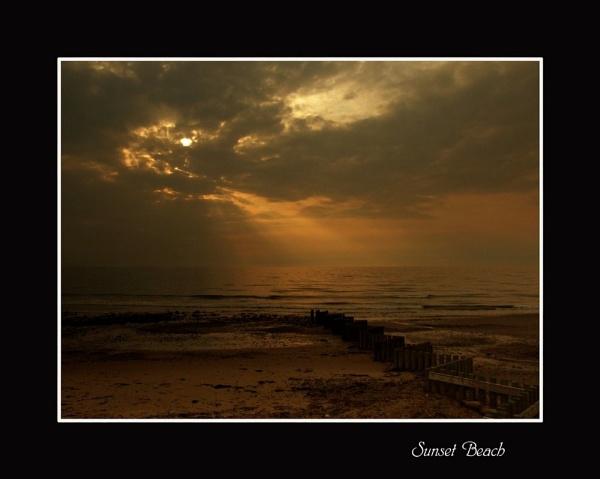 Sunset Beach by SHAN_WONG