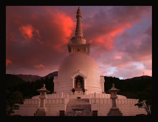 Sunset Temple by SHAN_WONG