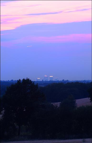 London twilight by C_Daniels