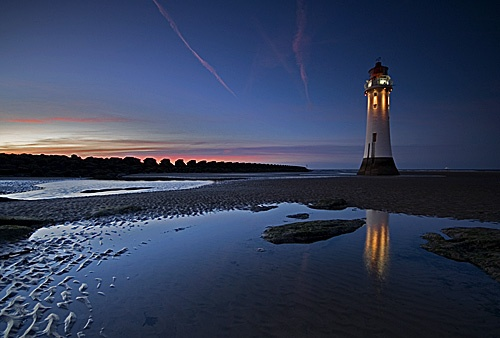 Winters Night At Perch Rock Lighthouse by edrhodes