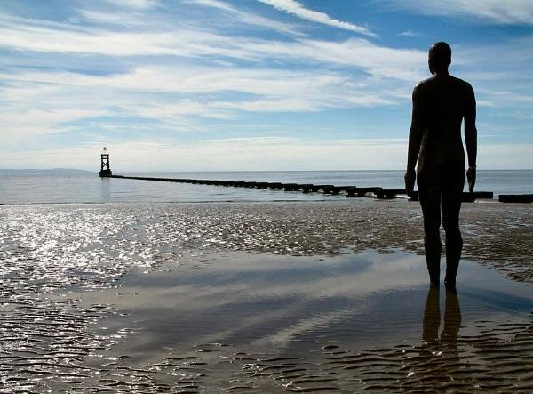 staring at the sea by dunczilla