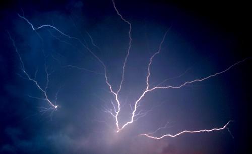 Lightning Strike by jany
