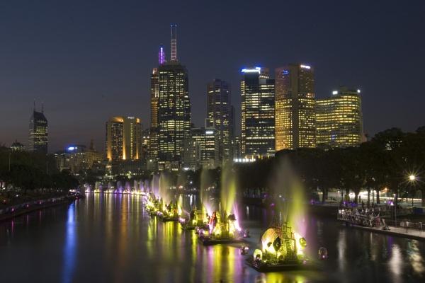 The Yarra, Melbourne by lensmonkey