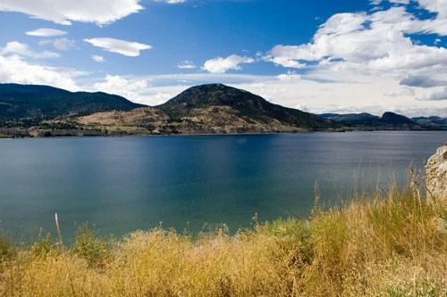 Mt. Nkwala and Okanagan Lake by ronss