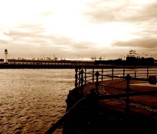 Practice @ New Brighton by DAVID LYDIATE