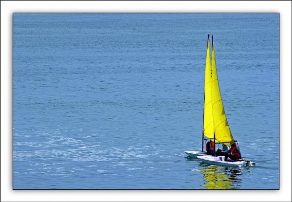 Sailing by Ganto