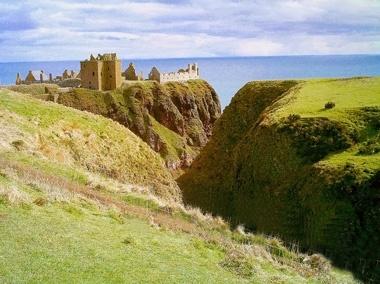 Castle by macieklew