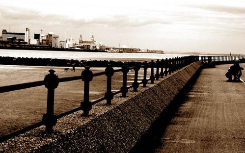 Practice 2 @ New Brighton Merseyside by DAVID LYDIATE