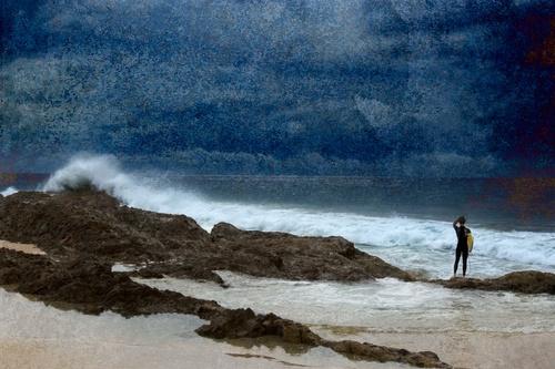 Surf\'s up by melbrackstone