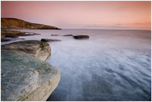 An evening at the beach by lensmonkey