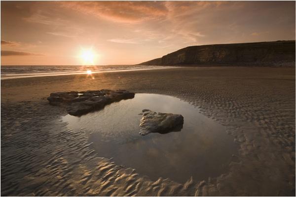 An evening at the beach (4) by lensmonkey