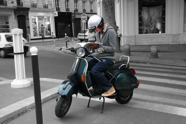 Paris Scoter by peter shilton