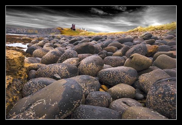 Dunstanburgh by danbrann