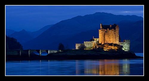 Eilean Donan Castle by johnc1711