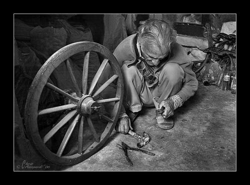 Man at work by Ruggieru