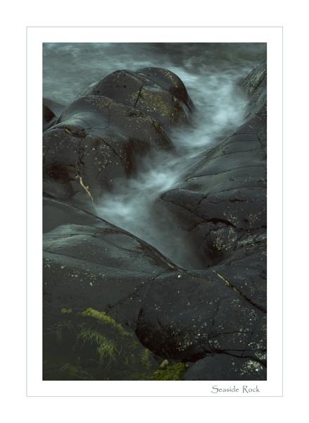 Seaside  Rock by AlleyCatz