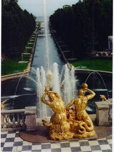 Peterhof fountains, St.Petersburg by stevenage