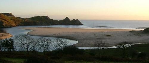 Three Cliffs Bay, Gower. by dave_morgan