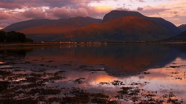 Ben Nevis Sunset by strawman