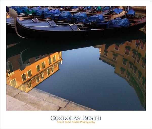 Gondolas Berth (Colour Version) by ading