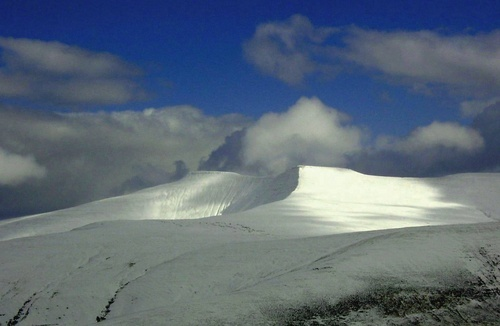 Snow on the Beacons by dave_morgan