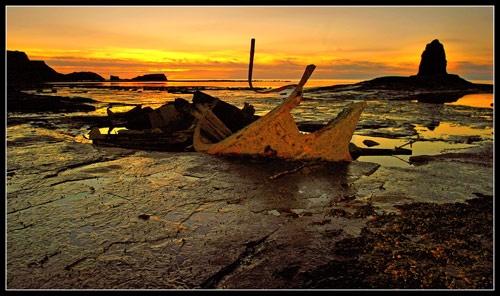 Shipwrecked by stevenb
