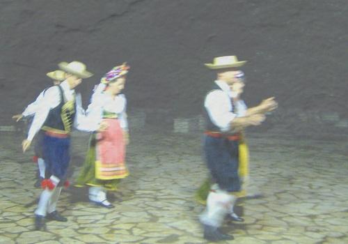 Greek dance by adrianj