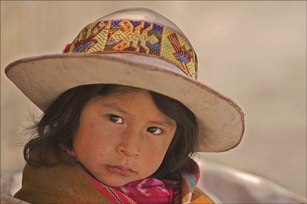 Indiginous Girl Bolivia by philipr