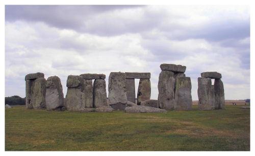 Stonehenge by LoobyLoo_C