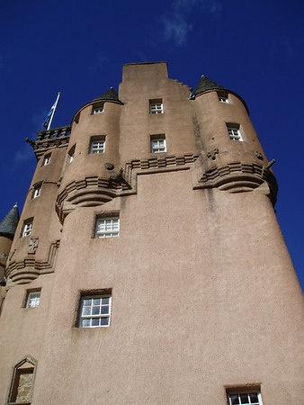 Craigievar Castle by Caledonia
