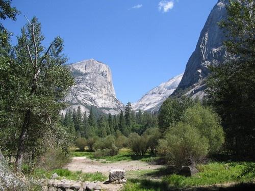 Yosemite by geoffwd