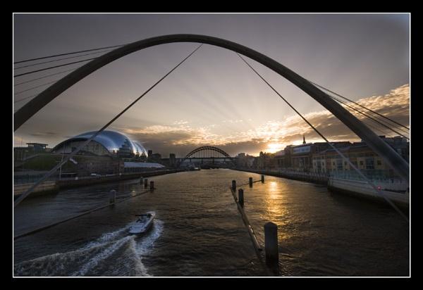 Evening Light. RiverTyne by danbrann