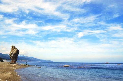 Ohotsk sea shore by Titi