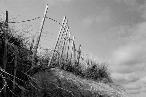 Desolate beach! by Cazi