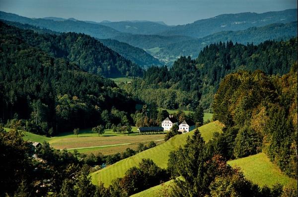 Farm House by ambmilan