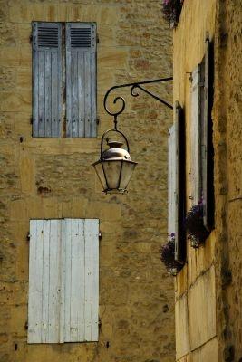 French Streetlight by davegil