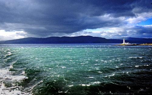 Lismore Lighthouse by stevenb