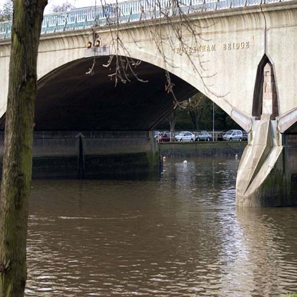 Twickenham Bridge by chrisskipp