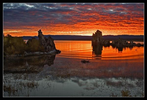 Mono Lake Sunrise by maures53